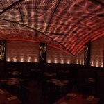 The main dining area inside the new @pelipeli at the #Houston galleria looks like a South African sunset! #Stunning http://t.co/vKpaI8R2Q9