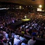 ¡Gracias a las más de 25.000 personas que hoy nos acompañaron en el Plenario del @frenterenovador en San Martín! http://t.co/9QsyAA0aZk