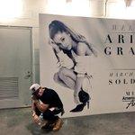 Hi @ArianaGrande http://t.co/ChG8QeiueT