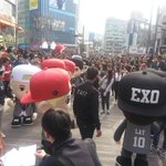 the amount of people attend for EXOs MASCOT,NOT THE REAL THEM,ONLY MASCOT http://t.co/FtZZEqrrkf