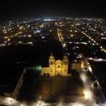 RT @Territorioscore: Postal nocturna de Santo Domingo de Guzmán en el vuelo de @helicopterosrco @webcamsdemexico http://t.co/gkauseHi8O