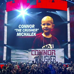 Steve Michalek, father of Connor, accepts the #WarriorAward on behalf of his son. #WWEHOF http://t.co/08GjM1DBkW