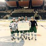 @stoolpresidente Viva La Stool from the North Dakota Mens Hockey Team...Coming in hot to Boston for the #FrozenFour http://t.co/TPlkEfwYa6