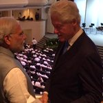 PM @narendramodi in conversation with former President of USA, @billclinton in Singapore.
