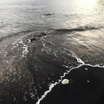 Пляж с черным песком ⚫️ http://t.co/jymaf75WMC