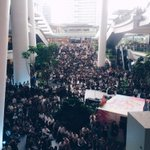 At The Star Vista: A huge crowd has gathered to watch the #LeeKuanYew state funeral http://t.co/s7b8Ir4wZ6 http://t.co/TexcoSA9oa