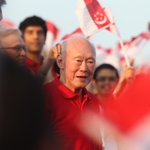 President Tan: Roar at NDP 2 years ago captured the feelings of a nation towards #LeeKuanYew http://t.co/s7b8Ir4wZ6 http://t.co/Cx4qhw1ALs