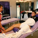 Massage for our boy Eden ! ???? #recuperation #recovery #isrbel http://t.co/khuDufd4ct