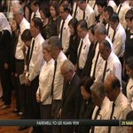 Public Warning System siren sounds to mark start of minute of silence for #LeeKuanYew http://t.co/s7b8Ir4wZ6 http://t.co/KrfAYBUV51