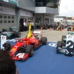 Empty #F1 cars at this point mean only one thing... #MalaysiaGP #F1 #F1inMalaysia http://t.co/2lDF4X243W