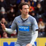 #NUFC defender Daryl Janmaat stands head and shoulders above many in black and white http://t.co/rvm3PPpGqA http://t.co/WshaexLKnz