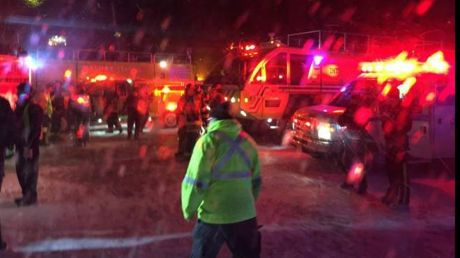 UPDATED: Passengers say Air Canada flight hit power line while landing at Halifax airport | http://t.co/YA8tDRrcuU http://t.co/1dBkVu5L2V