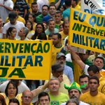 Vítimas da ditadura mostram revolta com pedidos de intervenção militar http://t.co/Tyd3IeHDid #G1 http://t.co/lbjN4RvnJr