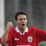 Гибралтар забил свой первый мяч в истории футбольных отборочных циклов http://t.co/7qkLjSAbfo http://t.co/XnNI3gK1jQ