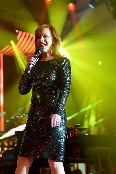 Reba Performing at Celeb Fight Night 2015 http://t.co/IhoxPyBFUi