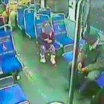 Niña de 4 años escapa de su casa en la madrugada para comprar un refresco. http://t.co/K8Nq8uzegi http://t.co/s2jXOtZft4