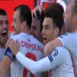 Gibraltar vient dinscrire son premier but en compétition officielle, face à lEcosse ! 1-1 ! http://t.co/twk4nem6cj