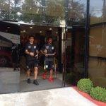 Delegação deixando o hotel de concentração. http://t.co/AIPID5S044