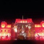 إحتفالات دار الأوبرا بعروض الليزر بمناسبة عودة حضرة صاحب الجلالة السلطان قابوس المعظم حفظه الله.. ❤أبشري قابوس جاء❤ http://t.co/SvvowZcUHs