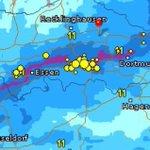Aktuell eine Gewitterlinie über Essen, Bochum bis Dortmund mit Starkregen und schweren Sturmböen http://t.co/KroKzoP4R6