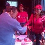 """Vamos todos a firmar #10Millonesporelbuche para decirle al Imperialismo q con esta Patria no podrá http://t.co/soJdpFoRBT"""" @NicolasMaduro"""