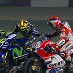 Así consiguió Valentino Rossi el triunfo en Qatar http://t.co/mvRzeqdFpI ¡Grande campeonísimo! #MotoGPQatar http://t.co/Fe2otIiJFE
