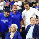 Look whos court-side at the Duke-Gonzaga game! Former U.S. President Bush & Former First Lady Barbara Bush. http://t.co/lYzYEqzPkj