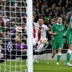 "Wenn er das mal beim #Effzeh macheb würde... ""@Squawka: The moment #Peszko fired Poland ahead at the Aviva Stadium. http://t.co/zOWSG2lE4U"""