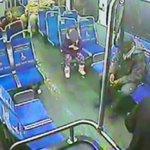 Una niña de 4 años se escapa de casa de noche y coge un bus para comprar un refresco [VÍDEO] http://t.co/a2s0ByzfMr http://t.co/1Kc5THa2Ei
