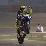 Valentino Rossi vuelve a imponer su ley y conquista el Gran Premio de Qatar http://t.co/qAhQLquHES http://t.co/ZJKdnMxOIh