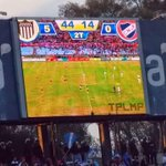 Imagen del cartel en la cancha de Juventud mostrando el 5-0 ante Defensor. http://t.co/COX7mvPGVK