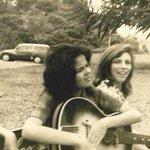Esse povo de acha indie hispster alternative porque vai em Lollapalooza. Meu amor, eu ia no Woodstock! http://t.co/EBvQmjzR2M