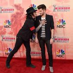 What the hell is happening here. ???? @adamlambert @iHeartRadio #iHeartAwards http://t.co/y34VikkUFl