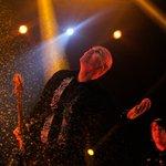 Com músicas famosas, Smashing Pumpkings se reconstrói no Lollapalloza 2015 http://t.co/IZpsT0t2HR http://t.co/PO5M4AwZAm