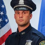 Praying for @bostonpolice Officer Moynihan shot in the line-of-duty and remains in critical condition http://t.co/OGn1O2DihG