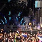 Esta noche no se duerme!!! Nicky Romero no nos deja!!! #ULTRALIVE #Ultra2015 http://t.co/IrahBMPS1Z