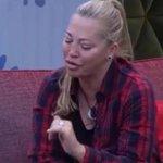 Este es el vídeo en el que Belén apuñaló a Ángela y que no emitió Telecinco http://t.co/ZfY6aTI5Z7 #DBT11GHVIP http://t.co/UhEZ4nl8z0