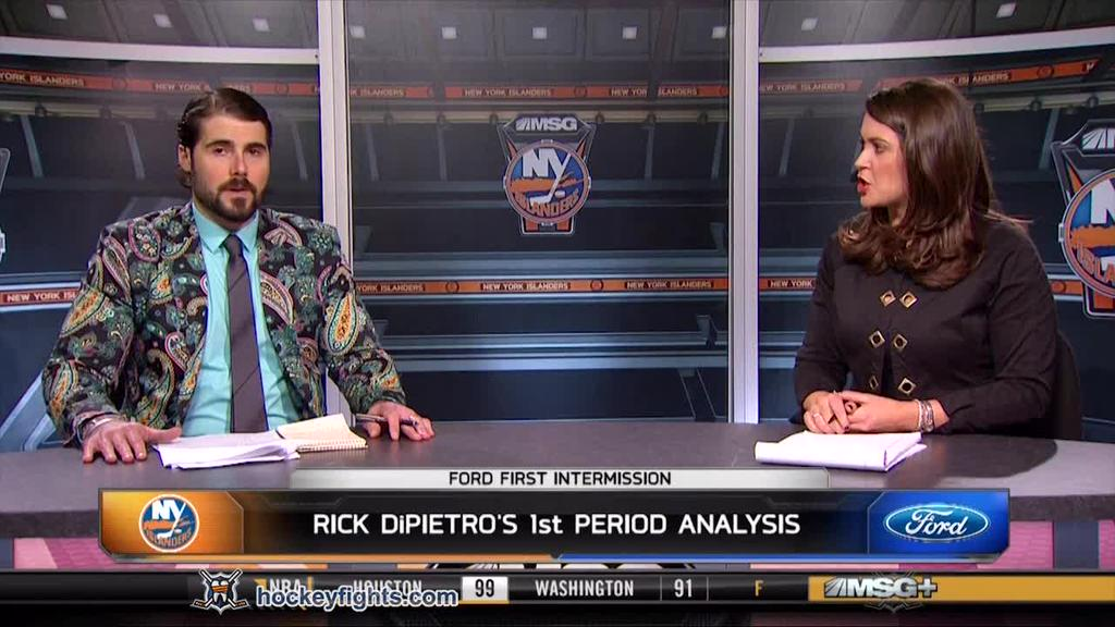 "Rick DiPietro showing everyone exactly what ""fuck you"" money looks like. http://t.co/mS2z2K6Fs7"