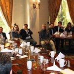 Me reuní con clubes y federaciones de migrantes michoacanos en California, EUA. http://t.co/3ArKSdvehE