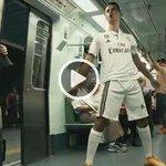 MARCA TV   ¿Cómo sería el CR7 futbolista en la vida real? Así es la parodia made in Brasil ▶ http://t.co/liKsu18pDv http://t.co/JQHO4wg2iu