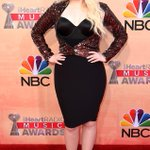 2015 iHeartRadio Music Awards red carpet—see all the stars as they arrive! http://t.co/CNrWzUytLS