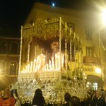 La Virgen de la Estrella saluda a la @HdadBaratillo http://t.co/4JiOyfZNNp