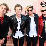 the lads @5sos at iheart radio awards ❤️ http://t.co/vm2ejEssaP