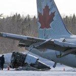 Flight #AC624 hit antenna array before crash landing, @TSBCanada officials say. http://t.co/N0fULXnycN http://t.co/A20Wv2Ytyg