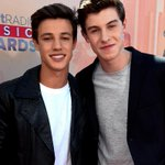 Wait for it.....@ShawnMendes AND @camerondallas at the #iHeartAwards! RT if you love them! http://t.co/8ZVvKMIo7n