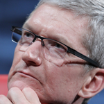 "Apple CEO Tim Cook criticizes pro-discrimination ""Religious Freedom"" laws. http://t.co/cqp38UGJNY via @DawnC331 http://t.co/yt4r8Xb1Rk"