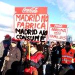 No consumas lo que te consume #BoicotAnunciantesMediaset #SemanaSantaSinCocaCola #CocaColaReadmisionYa #AccionDirecta http://t.co/wWduNwsSSm