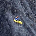Así de peligroso es el rescate de las víctimas de la tragedia aérea http://t.co/QvqXusSUuv (vía @elpropioweb) http://t.co/Ivuvisd84S