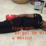 Que hacer mientras esperamos que #Miller meta gol de penal??? [via @jamorales83] http://t.co/JILg48FO1x