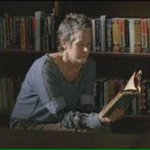 If there is one thing Carol knows, it's children and story time. #TWDFinale http://t.co/Iph8qiwZEM